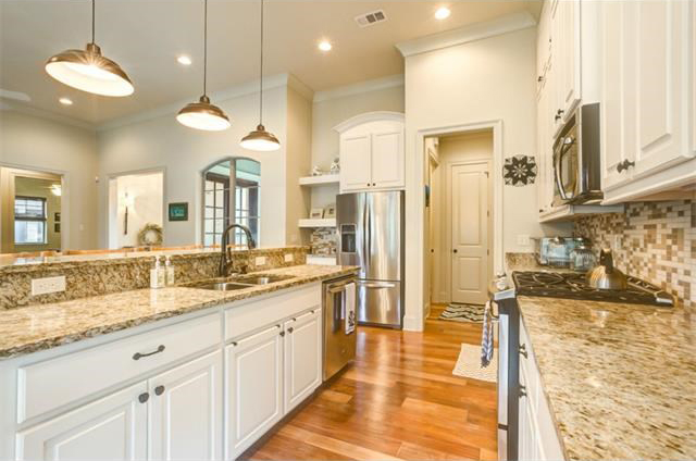 148 st calais place madisonville la 70447 bedico for Galley kitchen with breakfast bar